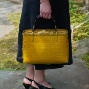 イエローの竹バッグ
