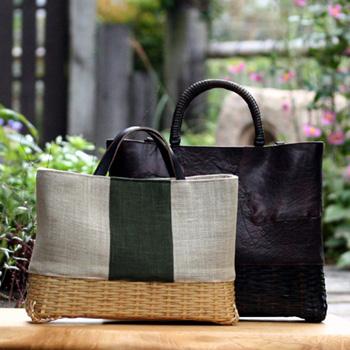 テキスタイルと竹のバッグ