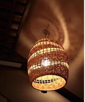 竹細工シェードライト