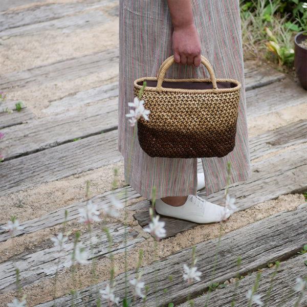 ツートンカラーの竹バッグ2