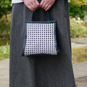 オシャレな小型の竹バッグ
