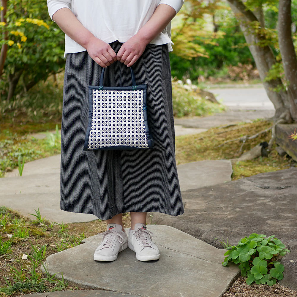オシャレな小型の竹バッグ2