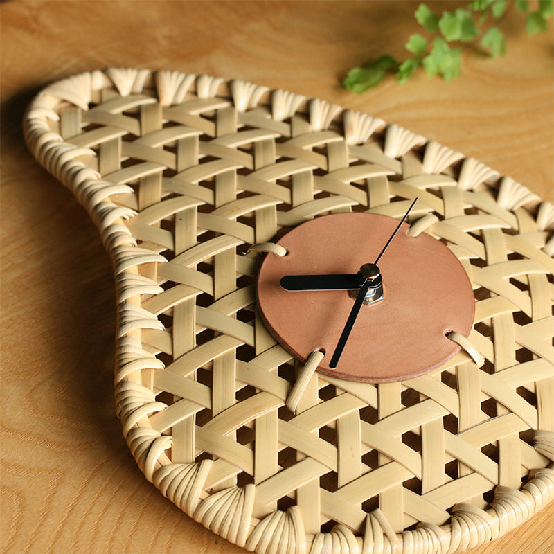 竹製×レザーの時計