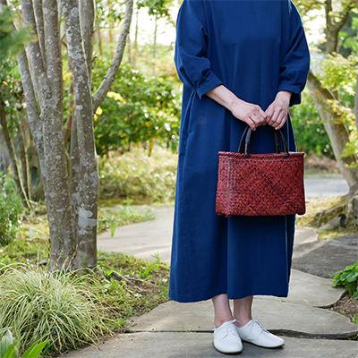 竹バッグに合うイストワールの衣服2