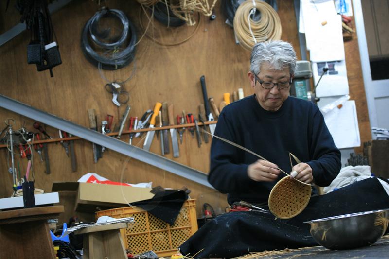 亀甲編み作業風景