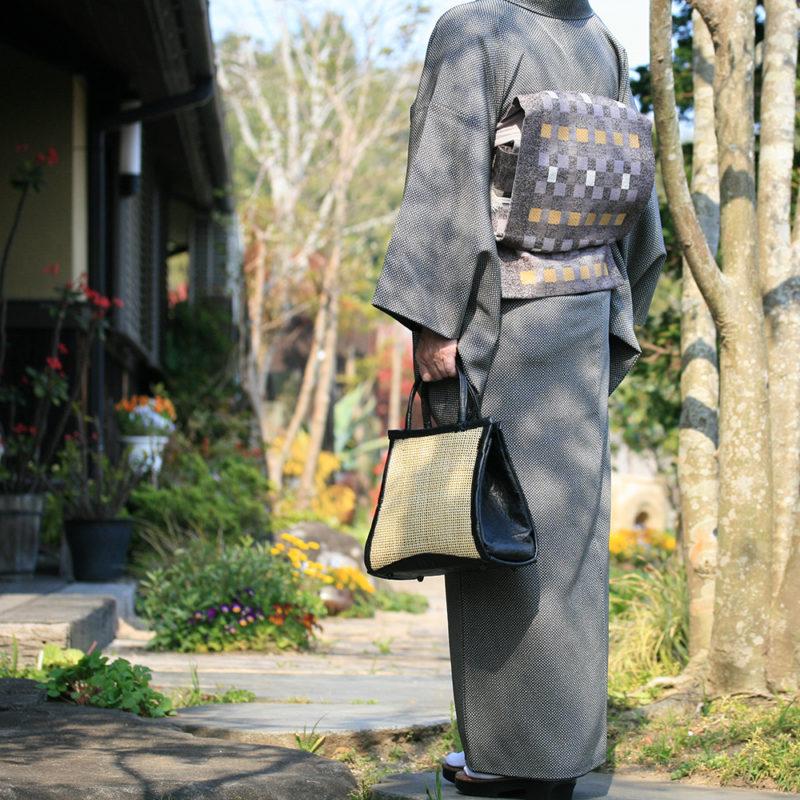 四つ目編み野遊びバッグ