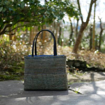 交色石畳編みバッグ