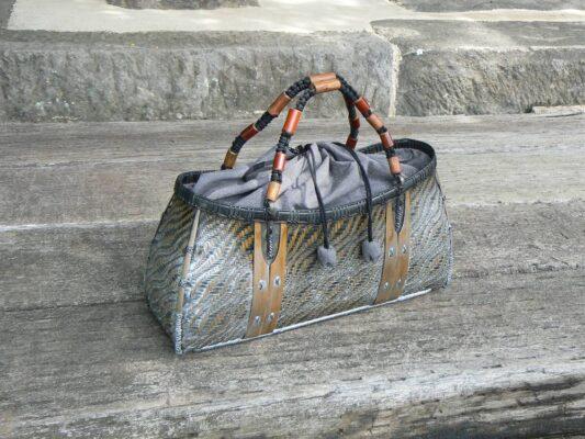 交色波網代編みバッグ