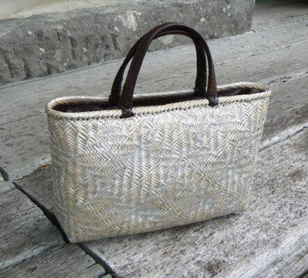 花網代編みバッグ